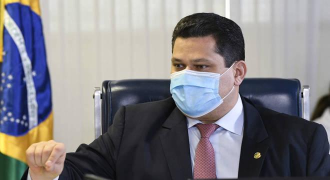 """Alcolumbre reafirmou que o Brasil """"já perdeu vidas demais, já sofremos demais"""""""