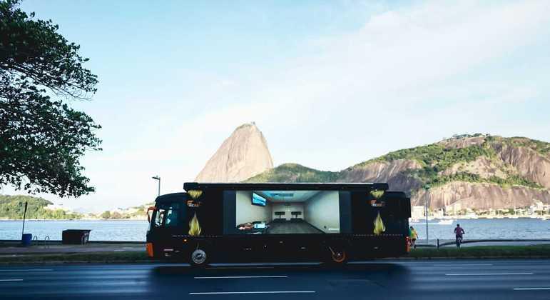 Divulgação de 'Donda' passou por diversos pontos da capital carioca