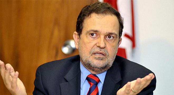 O secretário estadual da Educação, Walter Pinheiro (sem partido)