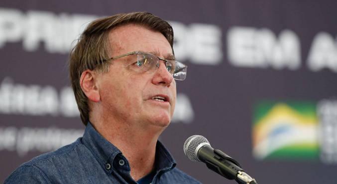 Bolsonaro cobrou os governos estaduais sobre imposto que incide nos combustíveis