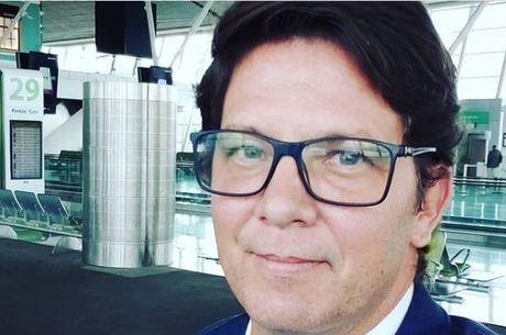 Bolsonaro convida Mario Frias para assumir cargo de Regina Duarte ...