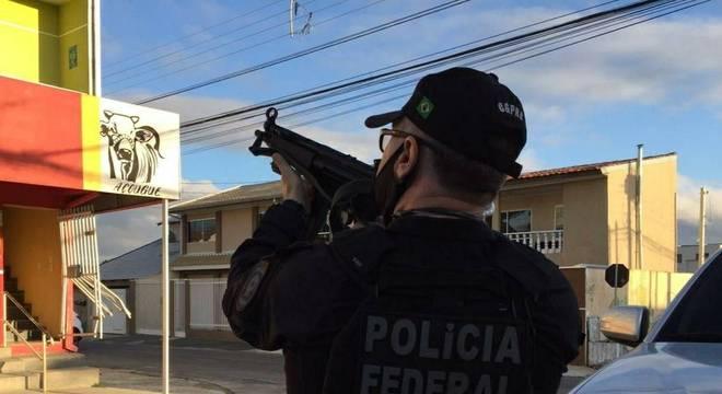 Agentes da PF estão nas ruas de dez Estados atrás de bens do tráfico e criminosos