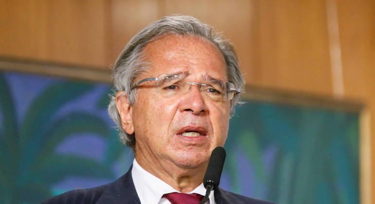 Paulo Guedes será investigado sobre offshore em paraíso fiscal