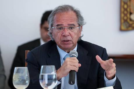 Guedes se encontra com Bolsonaro hoje às 14h
