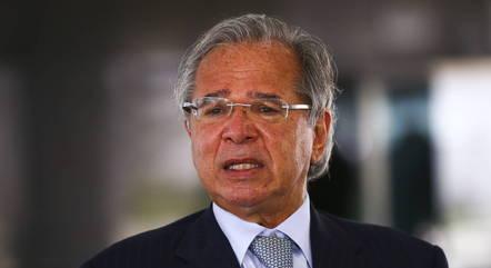 Ministro  Paulo Guedes em coletiva no Palácio do Planalto