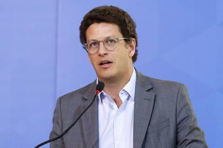 Salles anunciou projeto após reunião no Planalto