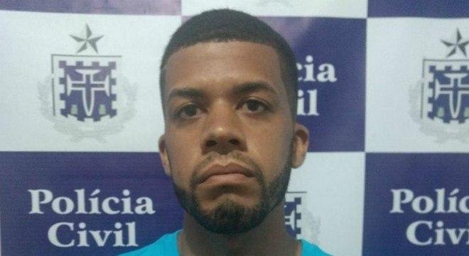 O jovem de 23 anos foi detido após as digitais dele serem achadas no local do crime