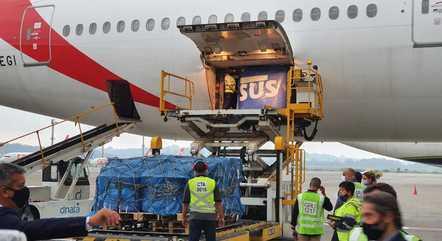 Remessa de IFA chegará ao Brasil em voo procedente da China