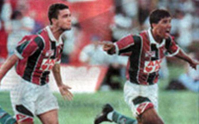Djair, que tinha passagens por Botafogo e Internacional, foi outra aposta do Flu para a temporada. O volante não só ajudava a conter o ímpeto dos adversários, como também engatava as jogadas para o ataque.