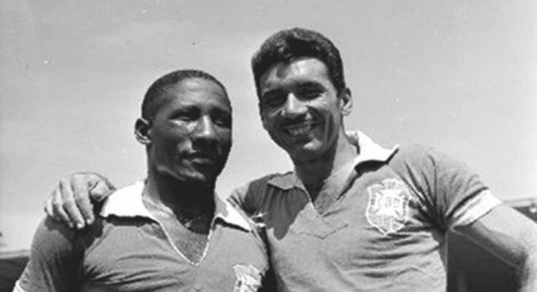 Djalma Santos e Nilton Santos foram os mais velhos do Brasil em uma Copa. 37 anos