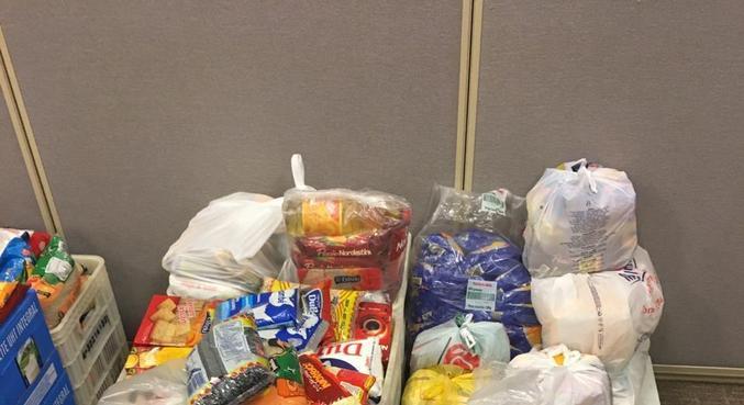 Ação arrecada 1 tonelada de alimentos