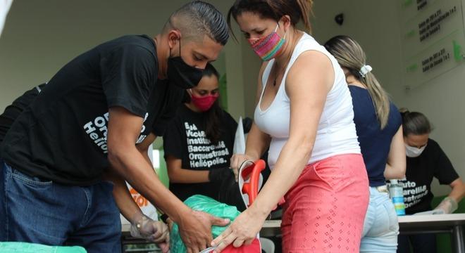Projetos sociais e doações ajudam moradores de Heliópolis (SP) na pandemia