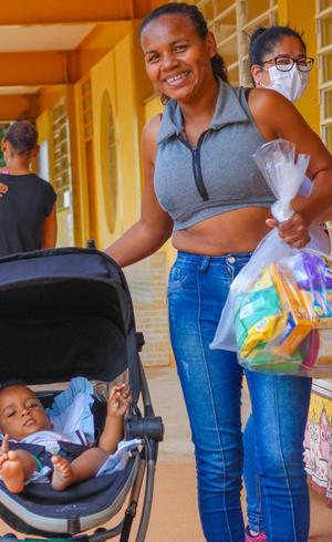 Doações para crianças e famílias