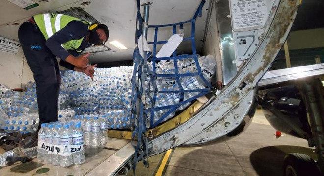 Voluntários conseguiram 22 toneladas de mantimentos