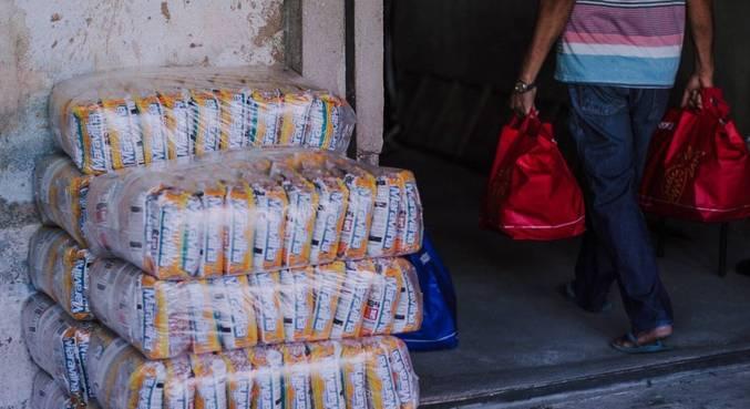 Antigos doadores de associações passaram a ser beneficiários ao longo da pandemia