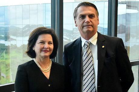 Dodge e Bolsonaro durante encontro em Brasília