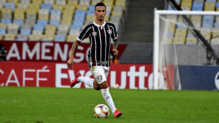 Dodi - Um dos destaques do Fluminense, o volante Dodi não chegou em um acordo com a diretoria do clube, foi afastado e teve seu contrato rescindido. Após isso, ele foi para o Kashiwa Reysol do Japão.