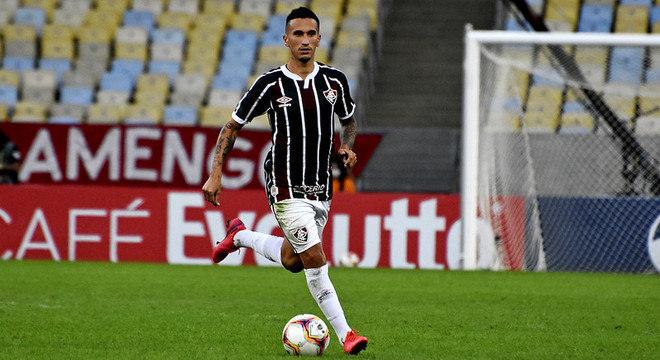 Dodi (volante) - Fluminense - Ficando sem clube