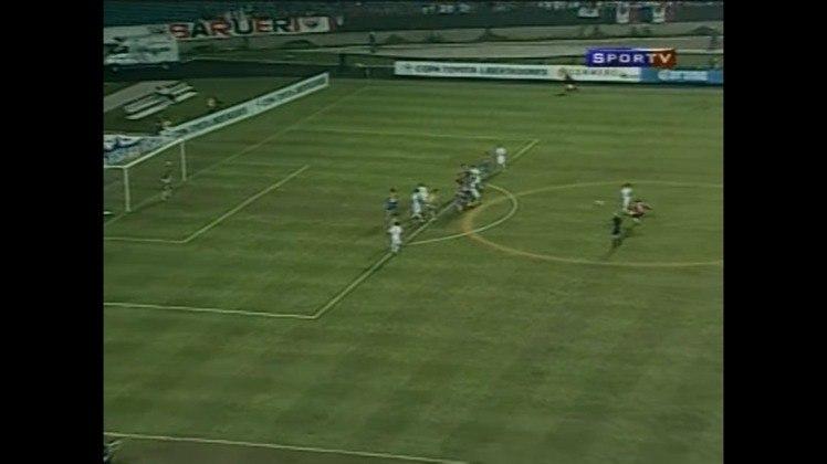 Dois gols contra o Tigres em 2005 - Na campanha do título da Copa Libertadores de 2005, o Tricolor encarou o Tigres, do México, nas quartas de final. No jogo de ida, uma atuação de gala de Rogério Ceni colocou a equipe com um pé na semifinal.