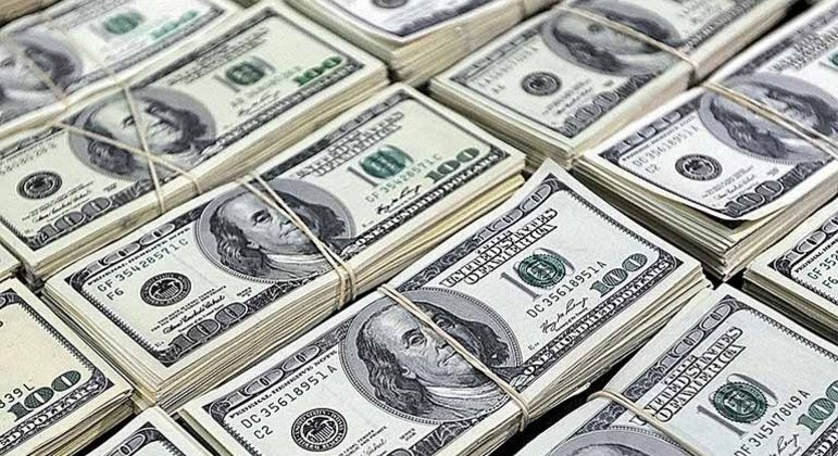 Dólar divisa fechou a semana com leve valorização de 0,17%, anulando a forte queda observada na terça-feira (10)