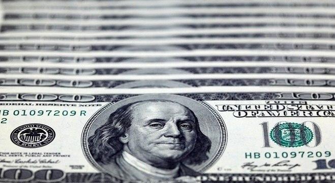 O dólar à vista subiu 0,36%, a R$ 5,6237 na venda