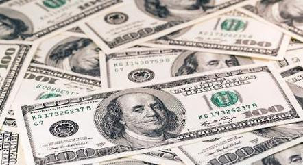 Dólar recuava a R$ 4,99 nesta manhã