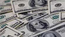 Dólar tem leve queda ante real após disparada da véspera