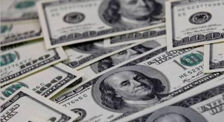 dólar abriu em alta contra o real nesta terça-feira (13)