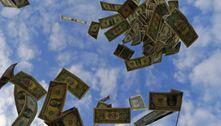 Juros altos atraem investidores e deixam dólar mais barato no Brasil