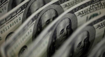 Dólar teve a maior baixa diária desde 12 de janeiro