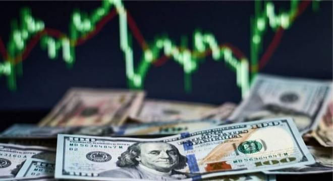 Enquanto o mundo aguarda o resultado de quem vai chefiar a maior economia do mundo, bolsas de valores nos EUA e em outras regiões do mundo apresentam alta