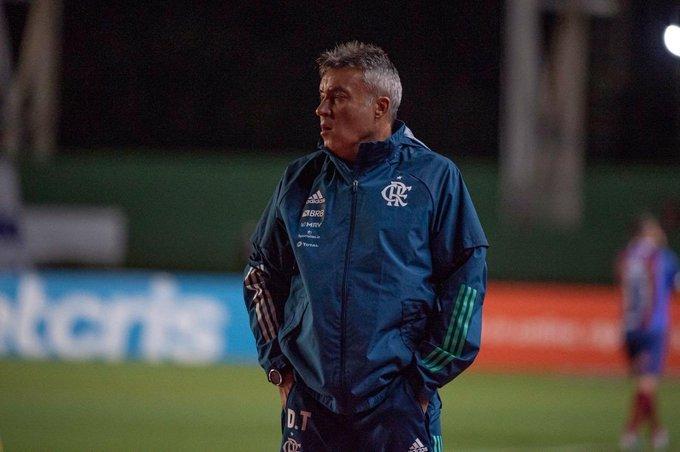 Domènec optou pela movimentação que o time gosta. E o fez campeão da Libertadores