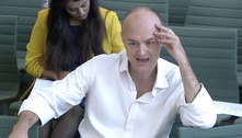Premiê britânico fracassou na crise da covid, diz ex-assessor