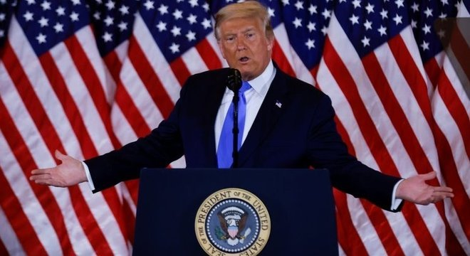Donald Trump lançou uma campanha de arrecadação de fundos para pagar pela recontagem de votos