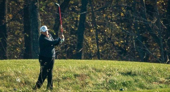 Trump estava jogando golfe quando a vitória de Joe Biden foi conhecida