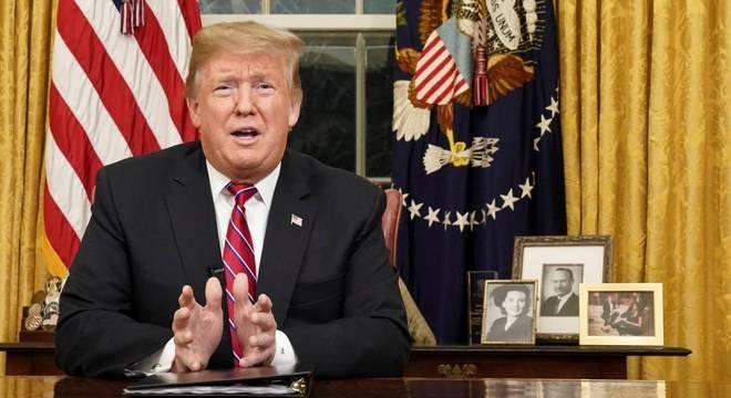 Trump fez pronunciamento em cadeia nacional sobre construção do muro