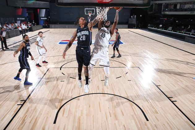 Donta Hall (Brooklyn Nets) 4,0 - Em sete minutos, Hall obteve dois pontos, dois rebotes e errou os dois lances livres que tentou