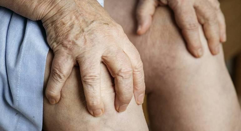 Lesões pré-existentes que não doíam podem voltar a doer em dias mais frios