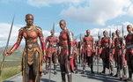 Dora MilajeQue tal um filme com um verdadeiro exército de mulheres poderosas? As Dora Milaje se destacam como guardas do trono de Wakanda e roubaram diversas cenas em Pantera Negra, Vingadores: Guerra Infinita e Ultimato, além deFalcão e o Soldado Invernal. A história delas poderia render um ótimo filme, você não acha? Para conhecermos mais dessas guerreiras e de toda a mitologia em torno delas