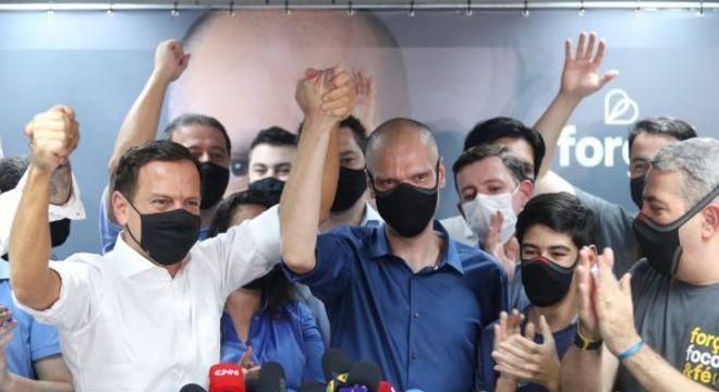 Doria e Bruno Covas, durante comemoração após resultado das eleições