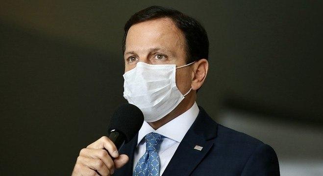 João Doria diz que governo federal está ausente na condução da pandemia
