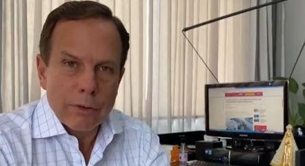 João Doria, governador de SP, pede desculpas após viagem
