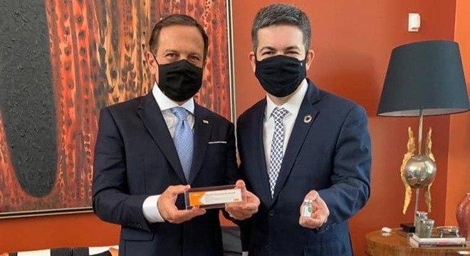 Doria critica decisão presidencial de cancelar compras de Coronavac
