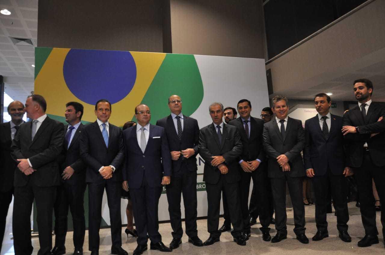 Resultado de imagem para Só um governador do Nordeste participa de encontro em Brasília