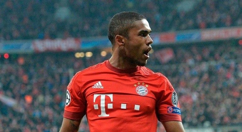 Douglas Costa foi contratado com muita expectativa pelo Bayern