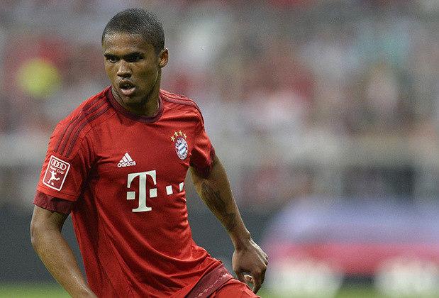 Douglas Costa (30 anos) - Posição: atacante - Clube atual: Bayern de Munique - Valor de mercado: 12 milhões de euros.