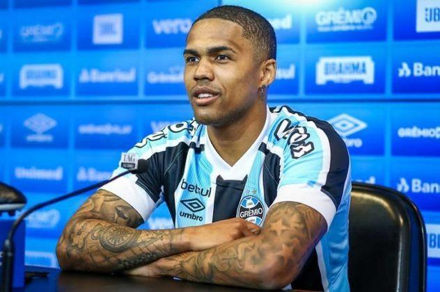 DOUGLAS COSTA: O atleta, convocado em 2018, retornou ao futebol brasileiro nesta temporada e agora atua pelo Grêmio
