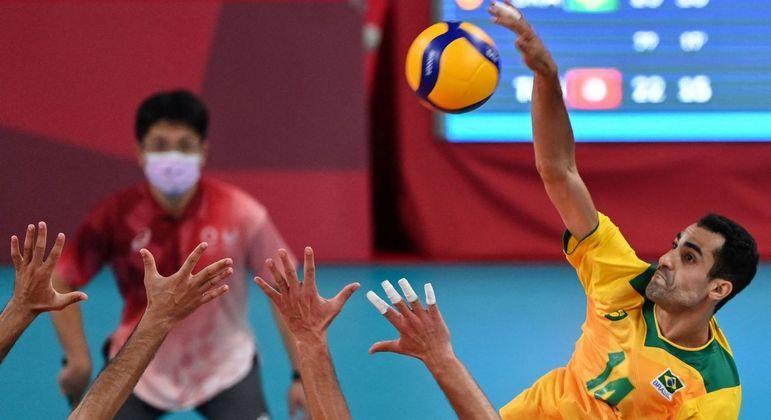 Douglas Souza foi o segundo maior pontuador do Brasil na estreia contra Tunísia