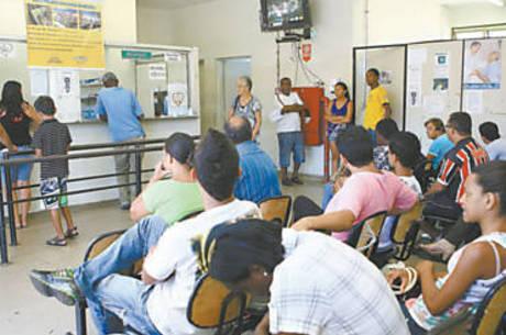 Pacientes no pronto-socorro Dr. Janjão, em Franca