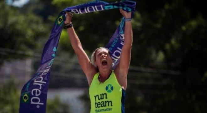 """Drica: """"Estou muito feliz e agradeço à One Hundred pela oportunidade única. Sou uma pequena atleta, que luta a cada dia para crescer"""". (Allan Carvalho/Divulgação)"""